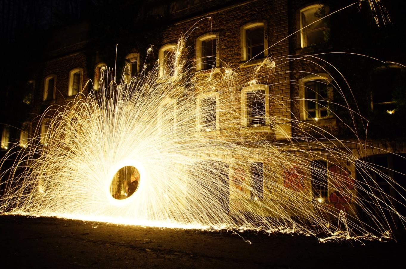 Light & Firepainting at Fort du Haut Buc